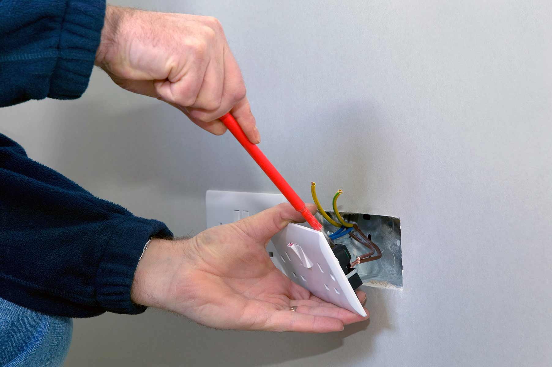 Our electricians can install plug sockets for domestic and commercial proeprties in Shipley and the local area.